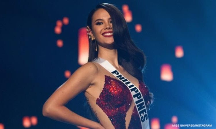 Miss Universe 2018 Catriona Elisa magnayon Grey from the Philippines bid farewell to her fans on her last day as the most beautiful woman in the universe