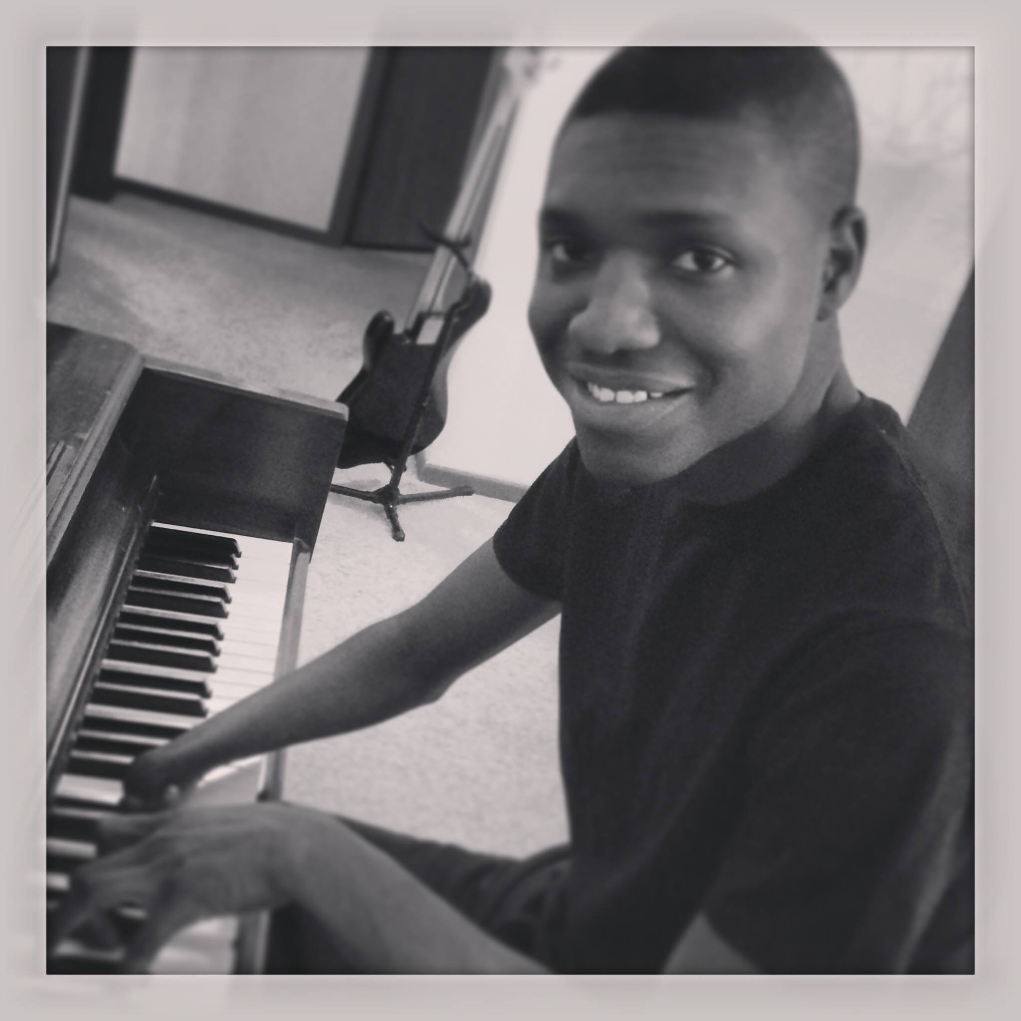 5-fingered pianist Jerome Jackson shares what inspires him